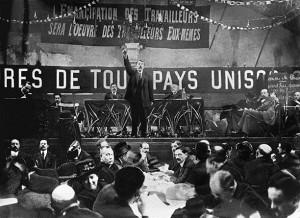 Marcel Cachin pendant son discours au congrès de Tours, décembre 1920
